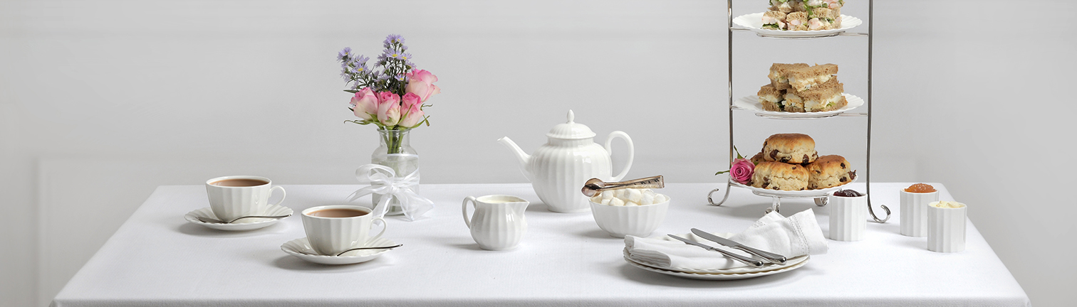 Made from premium fine bone china Royal Worcester Warmstry is durable and strong. Ideal for restaurant use all pieces are dishwasher and microwave safe ... & Royal Worcester Warmstry - British Fine Bone China